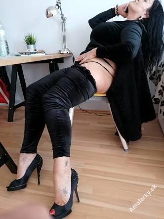 NADRŽANÁ NADINE, Bratislava - Ružinov, 39 rokov